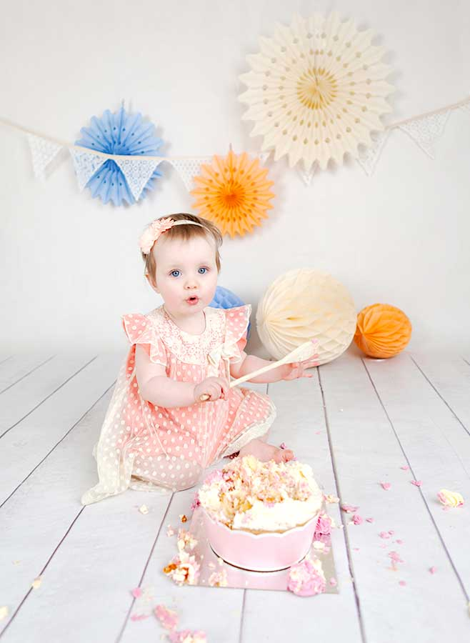 Amelia-cake-smash-session--25-dubllin-photographer