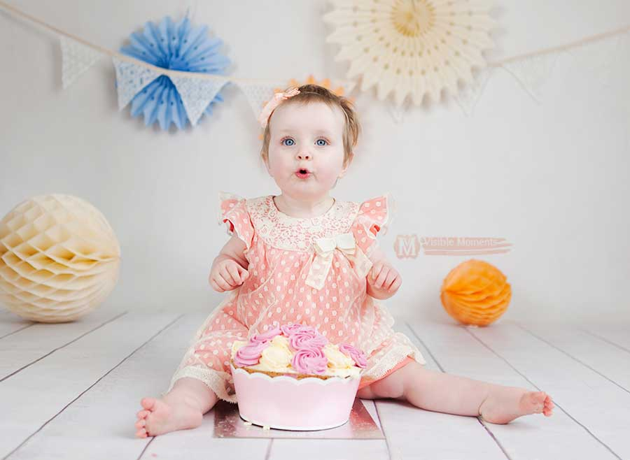 Amelia-cake-smash-session--8-dubllin-photographer
