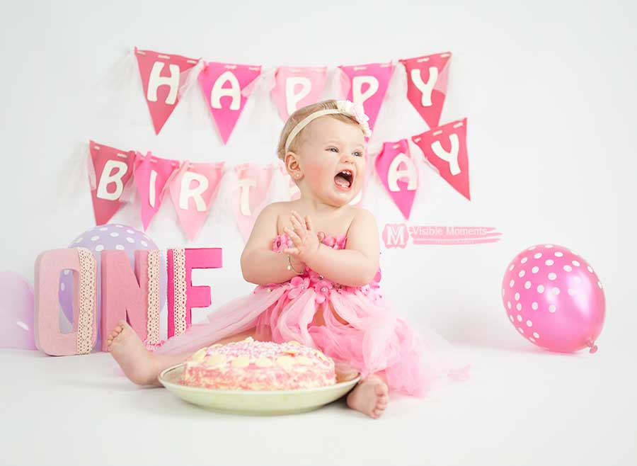 Skye-first-birthday-cake-smash-girl-dublin-photographer-3