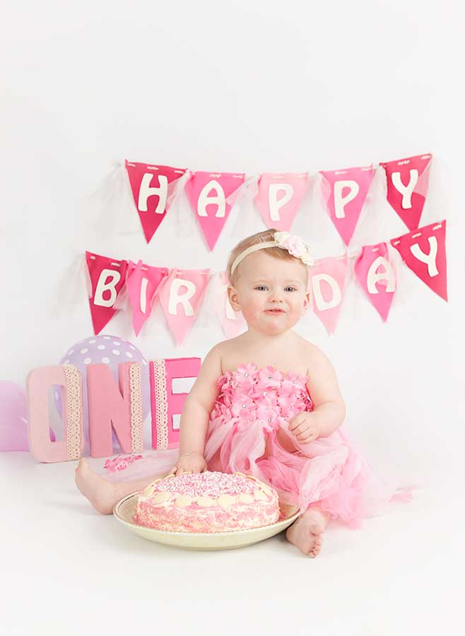 Skye-first-birthday-cake-smash-girl-dublin-photographer-4