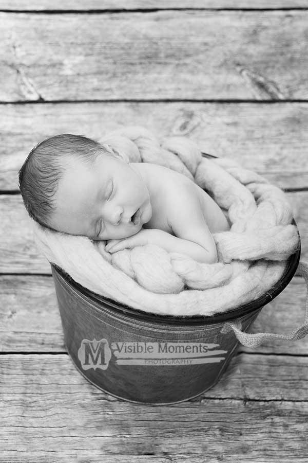 Liam-14-days-newborn-baby-photographer-dublin-1