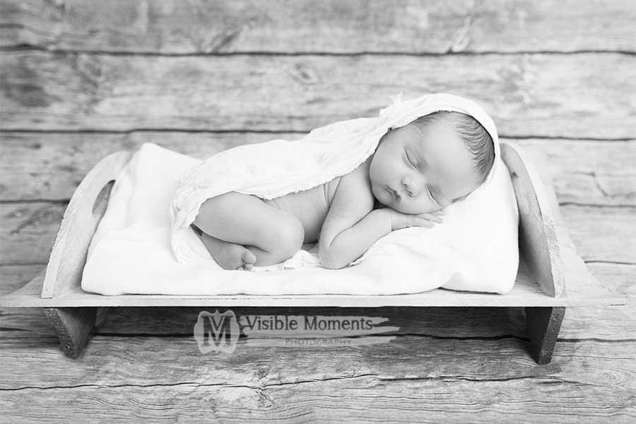 Liam-14-days-newborn-baby-photographer-dublin-2