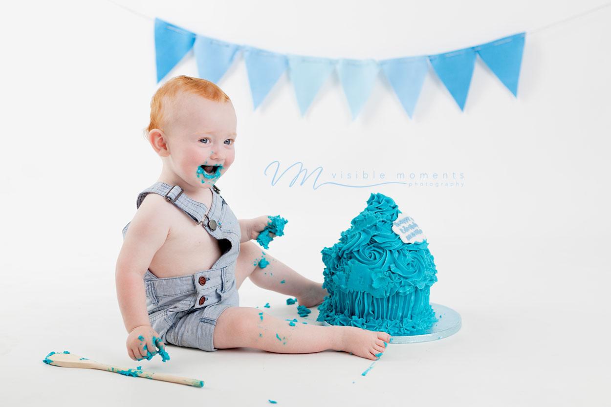 Matthew-cake-smash-boy-first-birthday-photos-photographer-dublin-5