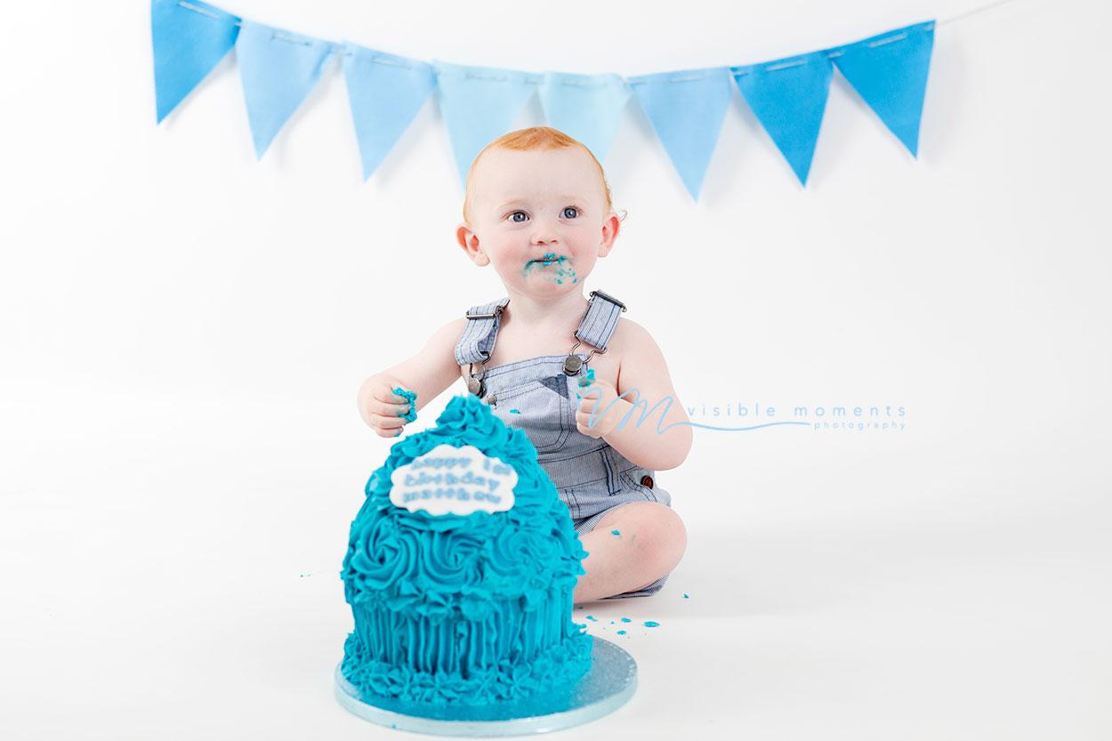 Matthew-cake-smash-boy-first-birthday-photos-photographer-dublin-7