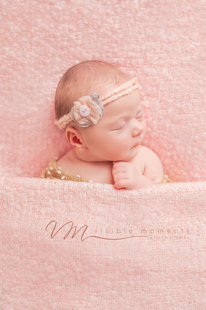 olivia-14-days-new-baby-photographer-dublin-2