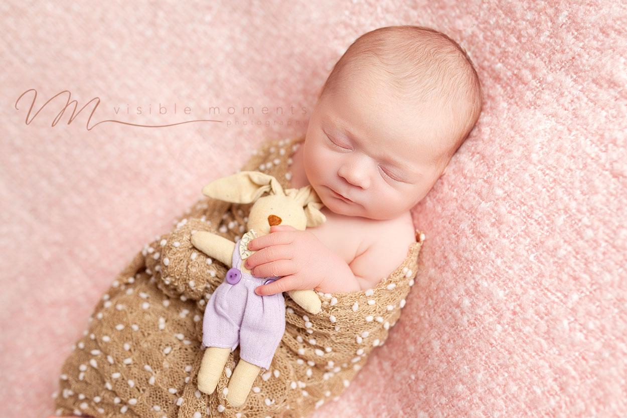 olivia-14-days-new-baby-photographer-dublin-3